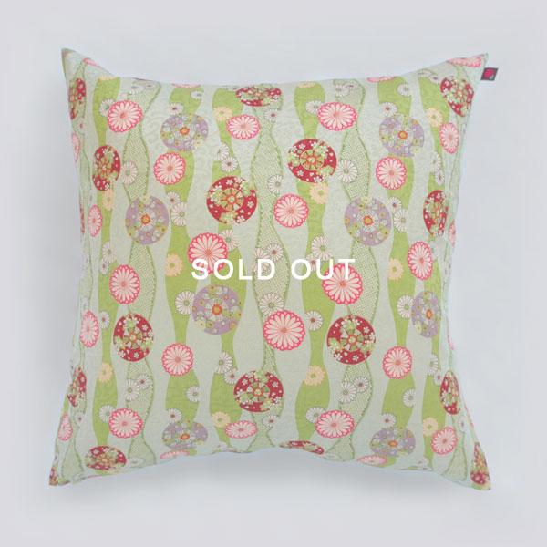 pillow_3smallsoldout